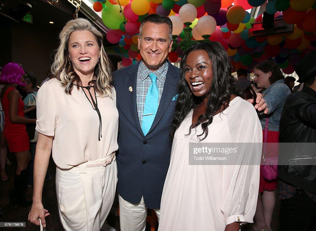 Comic-Con International 2016 - Starz Cocktail Party : News Photo