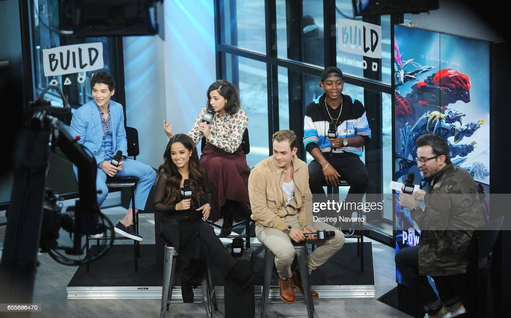 Actors Ludi Lin Naomi Scott Rj Cyler Becky G And Dacre Montgomery Fotografía De Noticias Getty Images