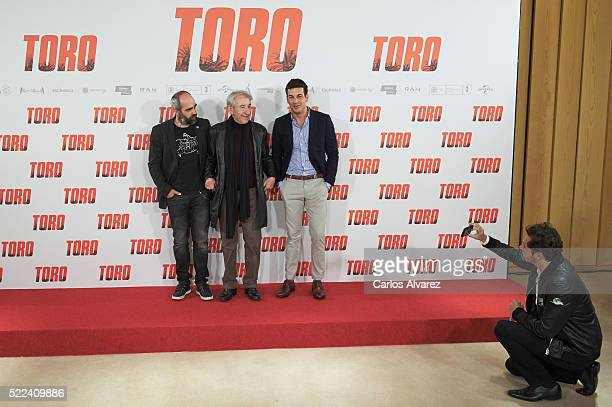 Actors Luis Tosar Jose Sacristan Mario Casas and film director Kike Maillo attend 'Toro' photocall on April 19 2016 in Madrid Spain