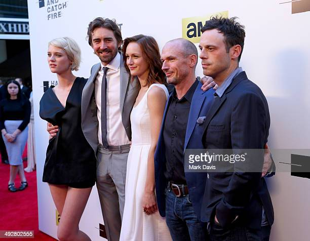 Actors Mackenzie Davis Lee Pace Kerry Bishe Toby Huss and Scoot McNairy attend AMC's new series 'Halt And Catch Fire' Los Angeles Premiere at...