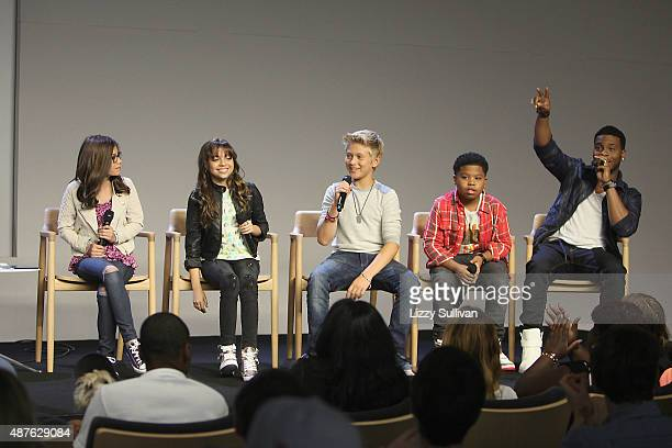 Actors Madisyn Shipman Cree Cicchino Thomas Kuc Benjamin Flores Jr and Kel Mitchell speak at the event Meet the Cast 'Nickelodeon's Game Shakers' at...
