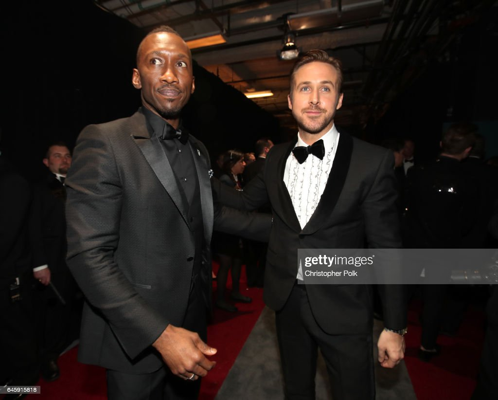 Actors Mahershala Ali (L) and Ryan Gosling backstage during the 89th Annual Academy Awards at Hollywood & Highland Center on February 26, 2017 in Hollywood, California.