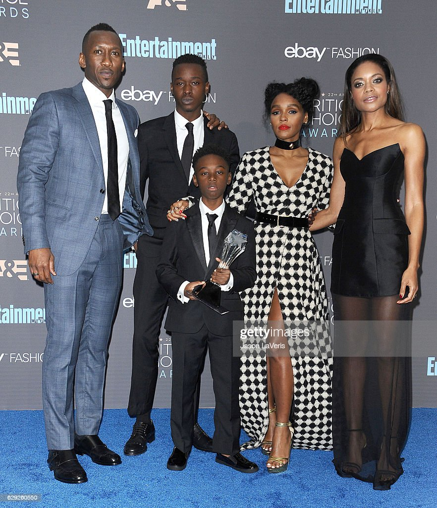 Actors Mahershala Ali, Ashton Sanders, Alex R. Hibbert, Janelle Monae and Naomie Harris, winners of Best Acting Ensemble for 'Moonlight', pose in the press room at the 22nd annual Critics' Choice Awards at Barker Hangar on December 11, 2016 in Santa Monica, California.