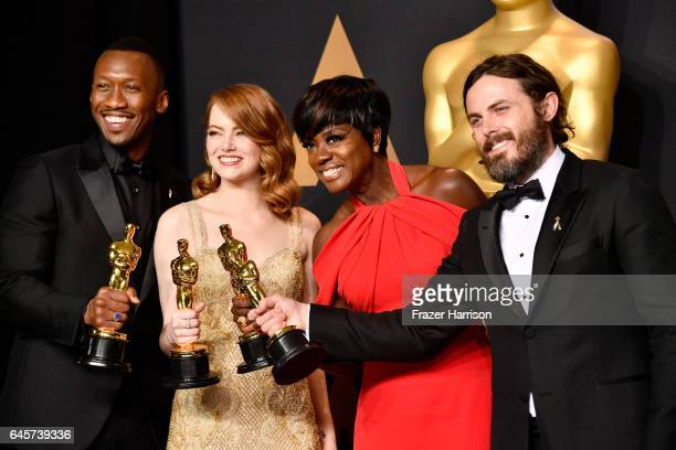 Actors Mahershala Ali winner of Best Supporting Actor for 'Moonlight' Emma Stone winner of Best Actress for 'La La Land' Viola Davis winner of the...
