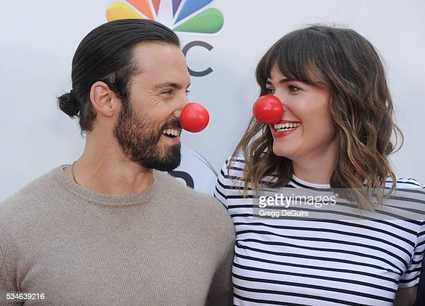 Actors Mandy Moore and Milo Ventimiglia arrive at The Red Nose Day Special at the Alfred Hitchcock Theater at Universal Studios on May 26 2016 in...