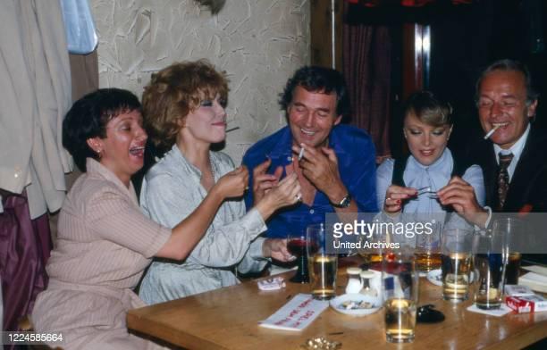 Actors Margot Mahler, Sonja Ziemann, Harald Leipnitz, Barbara Schoene and Horst Naumann, Germany, 1970s.