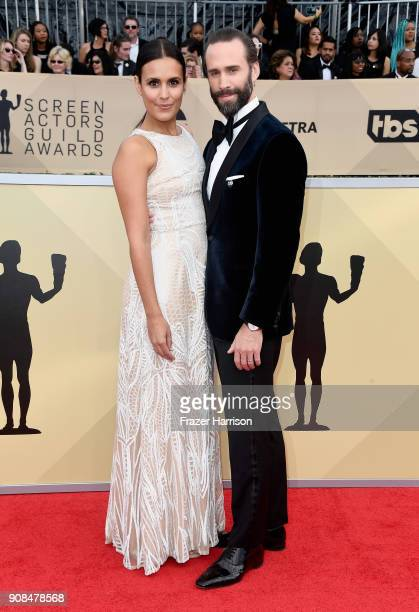 Actors Maria Dolores Dieguez and Joseph Fiennes attend the 24th Annual Screen ActorsGuild Awards at The Shrine Auditorium on January 21 2018 in Los...