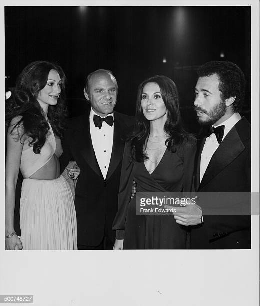 Actors Marisa Berenson Barry Diller and Marlo Thomas with producer David Geffen attending the premiere of the movie 'Barry Lyndon' at the Pacific...