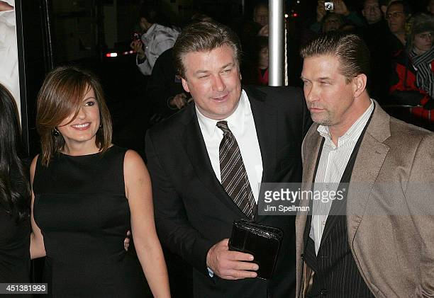 Actors Mariska Hargitay Alec Baldwin and Stephen Baldwin attend the New York premiere of It's Complicated at The Paris Theatre on December 9 2009 in...