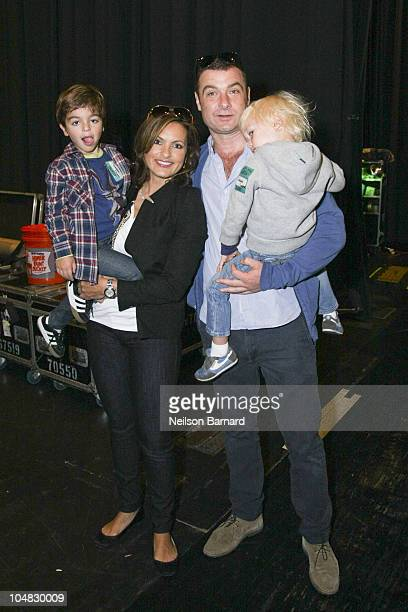 Actors Mariska Hargitay and Liev Schreiber pose backstage with their sons, August Hermann and Alexander Pete Schreiber at Yo Gabba Gabba! Live at...