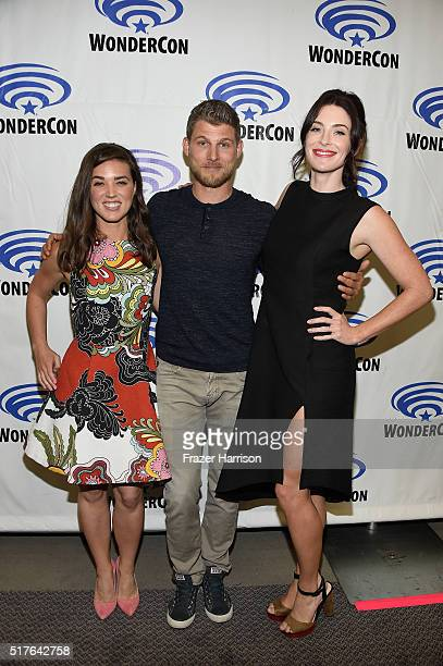 Actors Marissa Neitling Travis Van Winkle and Bridget Regan attend 'The Last Ship' panel TNT at Wondercon 2016 at Los Angeles Convention Center on...