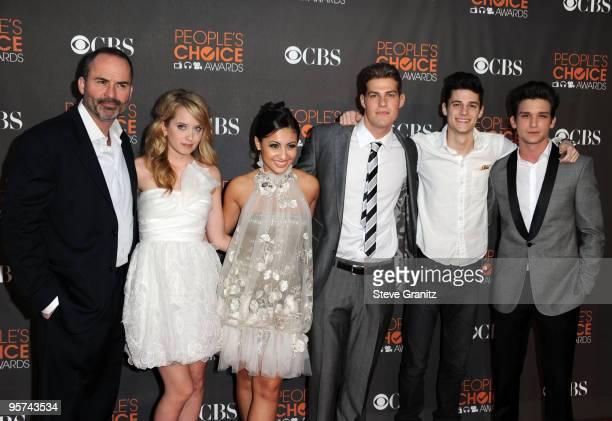 Actors Mark Derwin, Megan Park, Francia Raisa, Greg Finley, Ken Baumann, and Daren Kagasoff arrive at the People's Choice Awards 2010 held at Nokia...