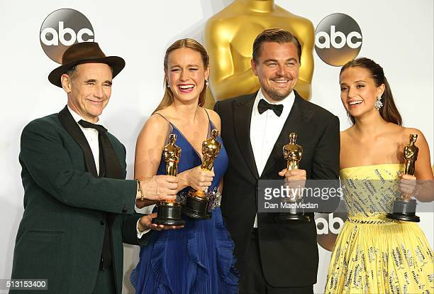 Actors Mark Rylance Brie Larson Leonardo DiCaprio and Alicia Vikander pose in the press room at the 88th Annual Academy Awards at Hollywood Highland...