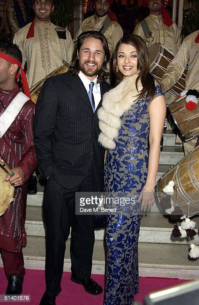 Actors Martin Henderson and Aishwarya Rai arrive at the UK Premiere of 'Bride Prejudice' at the London Palladium on October 4 2004 in London