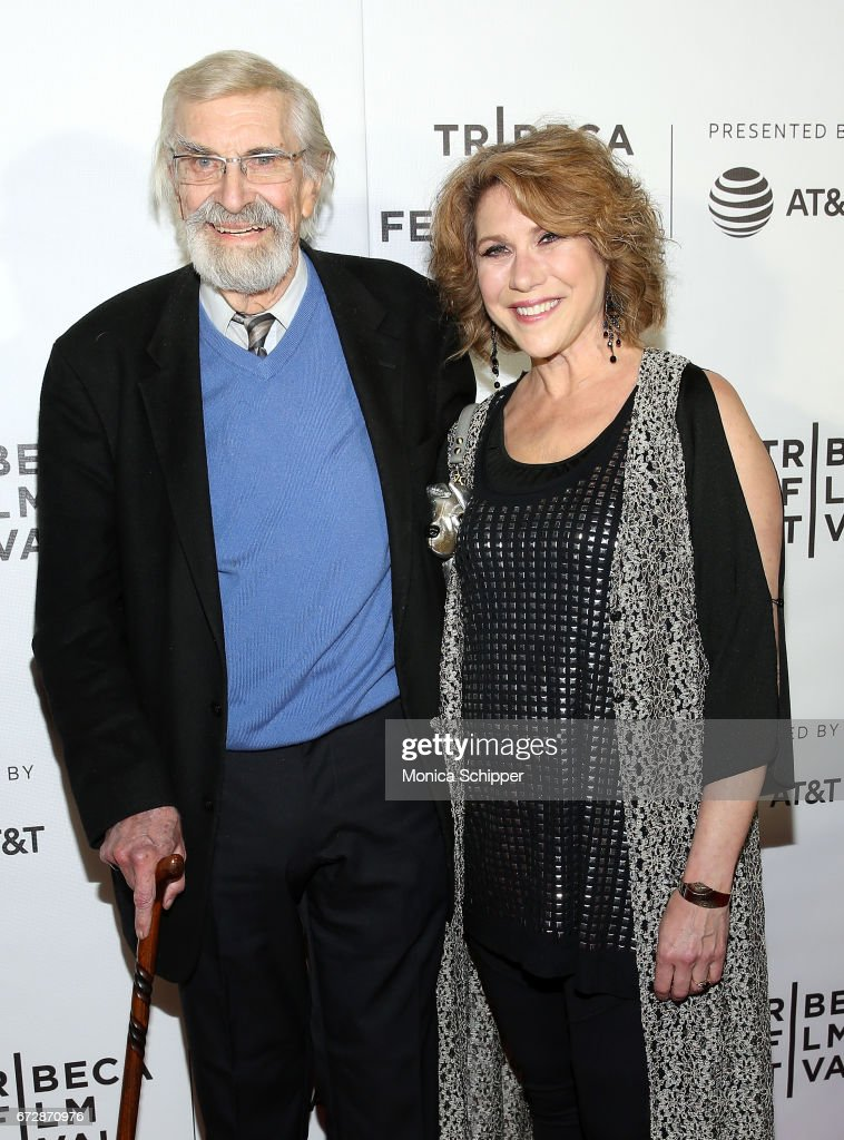Actors Martin Landau And Pamela Dubin Attend The Premiere Of The News Photo Getty Images