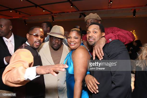 Actors Martin Lawrence Cedric the Entertainer Mo'Nique Mike Epps and Michael Clarke Duncan attend the party for 'Welcome Home Roscoe Jenkins' at...