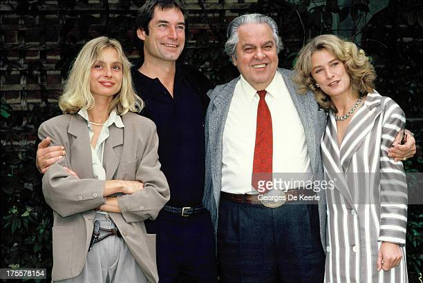 Actors Maryam d'Abo Timothy Dalton producer Albert 'Cubby' Broccoli and actress Caroline Bliss attend a photocall for the promotion of the James Bond...