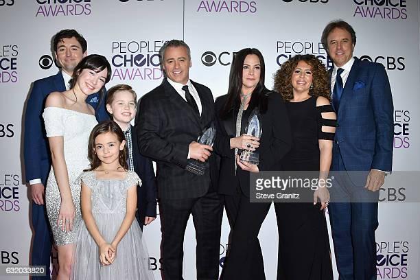 Actors Matt Cook Grace Kaufman Matthew McCann Matt LeBlanc Hala Finley Liza Snyder Diana Maria Riva and Kevin Nealon winners of the Favorite New TV...