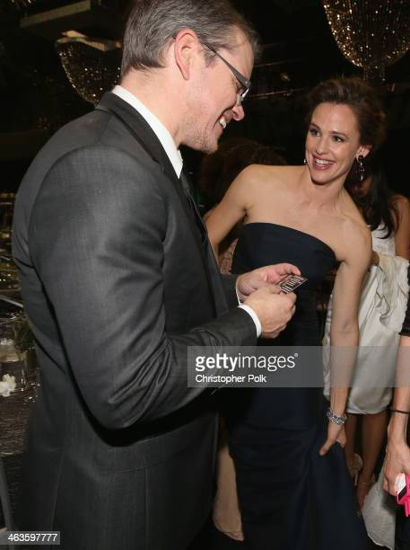 Actors Matt Damon and Jennifer Garner attend the 20th Annual Screen Actors Guild Awards at The Shrine Auditorium on January 18 2014 in Los Angeles...