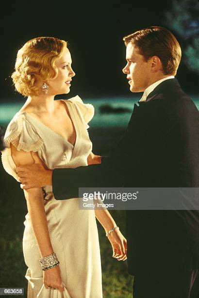 Actors Matt Damon as Rannulph Junuh and Charlize Theron as Adele Invergordon share a bittersweet dance in Robert Redford's The Legend of Bagger Vance...