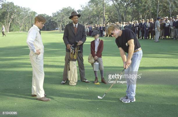 Actors Matt Damon Will Smith J Michael Moncrief And Director Robert Redford On The Set Of The Legend Of Bagger Vance 2000