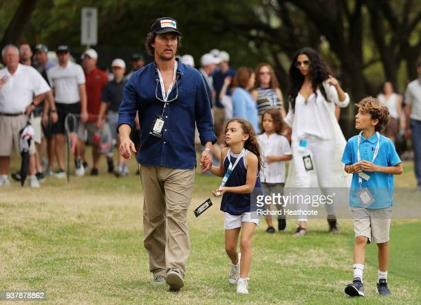 Actors Matthew McConaughey Camila Alves and their children Levi Vida and Livingston attend the final round of the World Golf ChampionshipsDell Match...