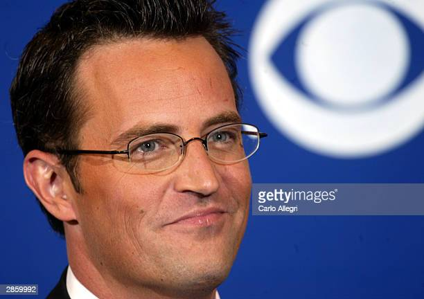 Actors Matthew Perry poses backstage during the 30th Annual People's Choice Awards at the Pasadena Civic Auditorium January 11 2004 in Pasadena...