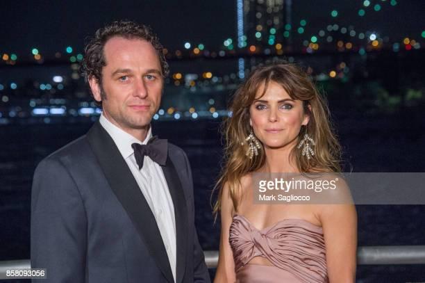 Actors Matthew Rhys and Keri Russell attend the 2017 Brooklyn Bridge Park Conservancy Brooklyn Black Tie Ball at Pier 2 at Brooklyn Bridge Park on...