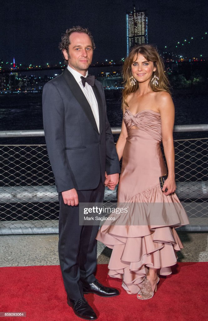 Actors Matthew Rhys and Keri Russell attend the 2017 Brooklyn Bridge Park Conservancy Brooklyn Black Tie Ball at Pier 2 at Brooklyn Bridge Park on October 5, 2017 in the Brooklyn borough of New York City, New York.
