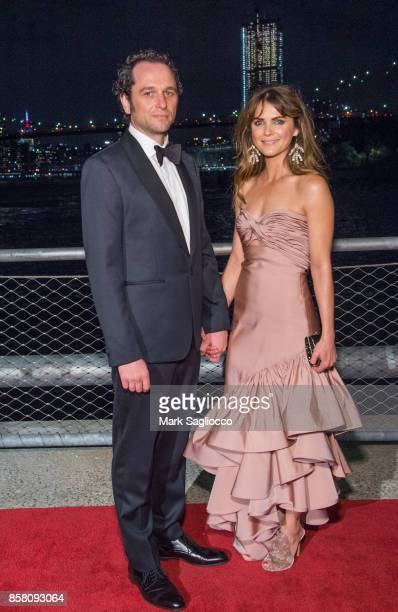 Actors Matthew Rhys and Keri Russell attend the 2017 Brooklyn Bridge Park Conservancy Brooklyn Black Tie Ball at Pier 2 at Brooklyn Bridge Park on...