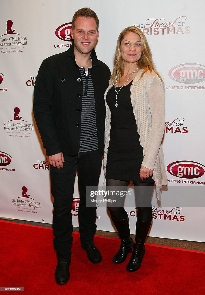 Matthew West The Heart Of Christmas.Actors Matthew West And Dendrie Taylor Arrive At The Gmc