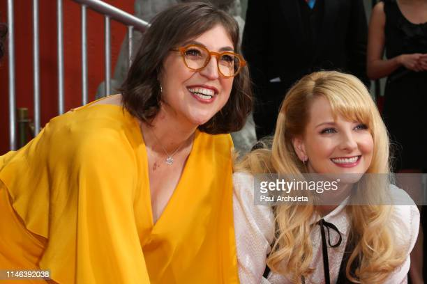 Actors Mayim Bialik and Melissa Rauch attend the handprint in cement ceremony for the cast of The Big Bang Theory at the TCL Chinese Theatre IMAX...