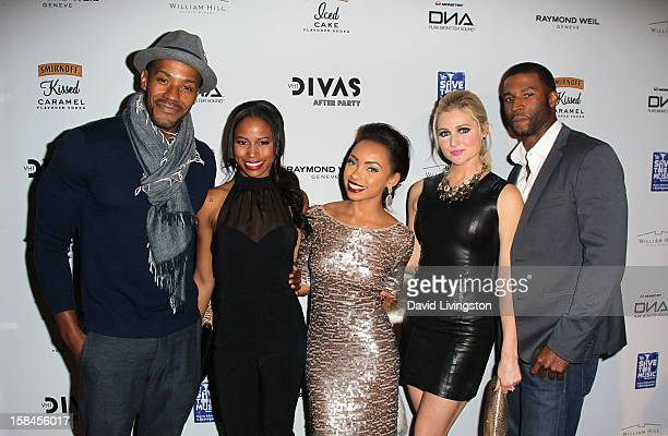 Actors McKinley Freeman Taylour Paige Logan Browning Katherine Bailess and Robert Christopher Riley attend the VH1 Divas After Party to benefit the...