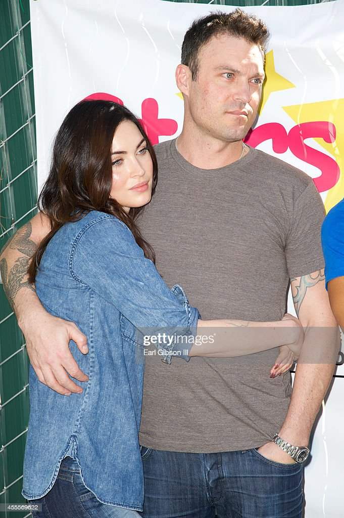 Actors Megan Fox and Brian Austin Green attend The Celebrity Source's Inaugural 'Stars 4 Smiles' event at Harbor UCLA Medical Center on September 16, 2014 in Torrance, California.