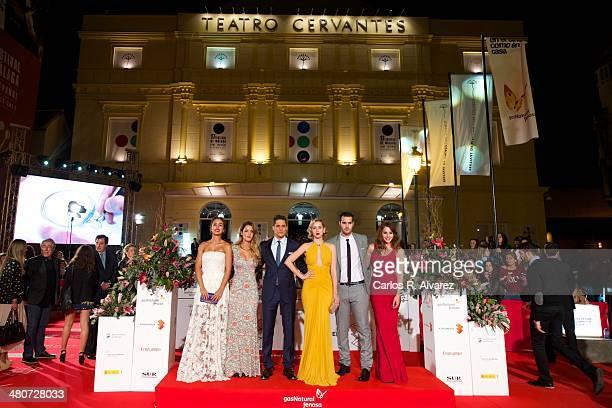 Actors Megan Montaner Alejandra Onieva Martin Rivas Ana de Armas Richard Shaul Andrea Duro and director David Menkes attend the 'Por un Punado de...