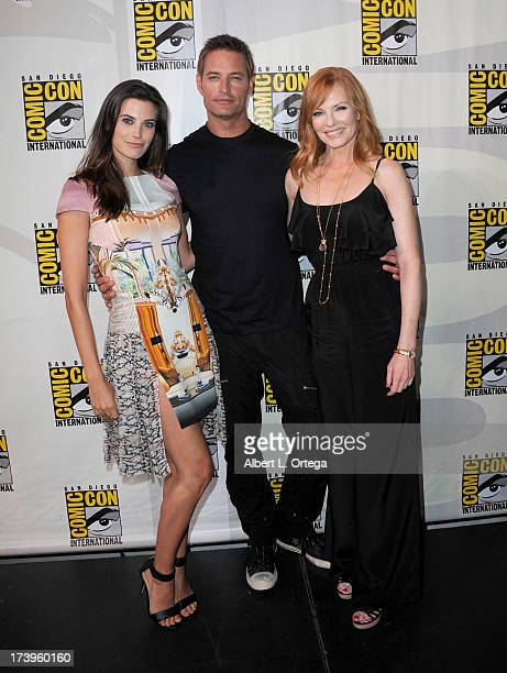 Actors Meghan Ory Josh Holloway and Marg Helgenberger speak onstage at the 'Intelligence' panel during ComicCon International 2013 at San Diego...