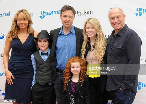 Actors Megyn Price Aidan Potter George Newbern Francesca Capaldi Taylor Spreitler and Corbin Bernsen arrive at the screening of '3 Day Test' held at...