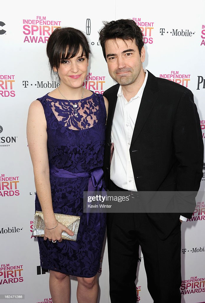 Actors Melanie Lynskey and Ron Livingston attend the 2013 Film Independent Spirit Awards at Santa Monica Beach on February 23, 2013 in Santa Monica, California.