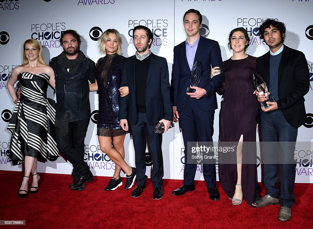 Actors Melissa Rauch, Johnny Galecki, Kaley Cuoco, Simon Helberg, Jim Parsons, Mayim Bialik and Kunal Nayyar pose with awards in the press room during the People's Choice Awards 2016 at Microsoft Theater on January 6, 2016 in Los Angeles, California.