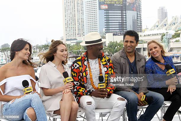 Actors Mercedes MasonAlycia DebnamCarey Coleman DomingoCliff Curtis and Kim Dickens of Fear the Walking Dead attend the IMDb Yacht at San Diego...