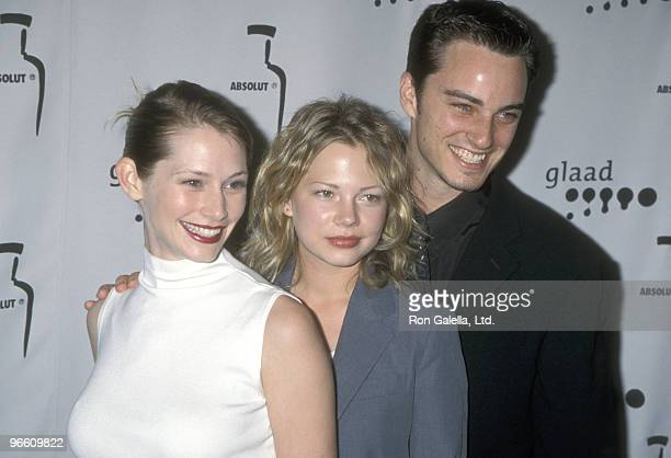 Actors Meredith Monroe Michelle Williams and Kerr Smith attend the 11th Annual GLAAD Media Awards on April 15 2000 at Century Plaza Hotel in Los...