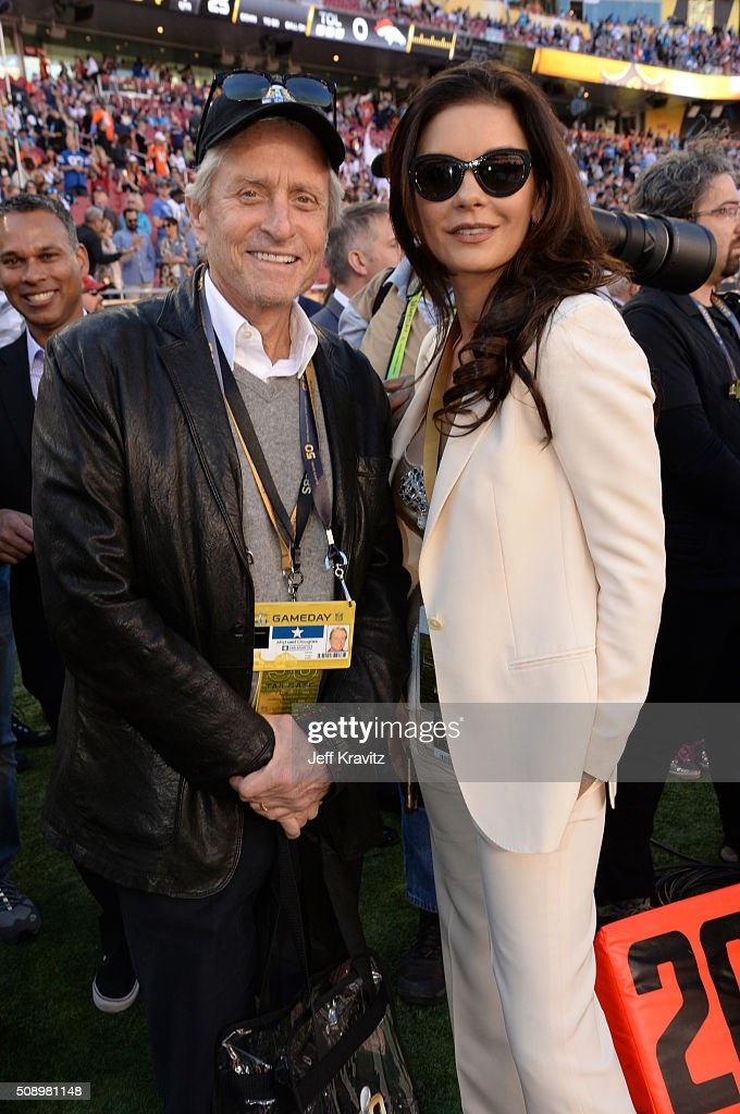 Celebrities At Super Bowl 50 : News Photo
