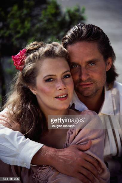 Actors Michael Douglas and Kathleen Turner