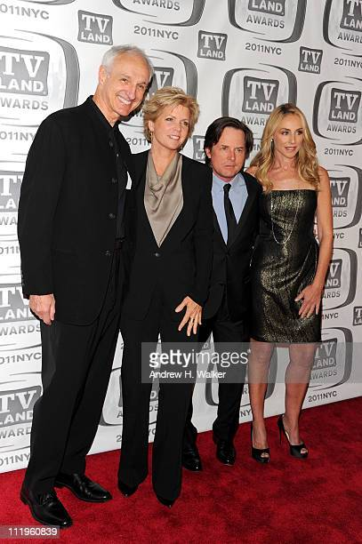 Actors Michael Gross Meredith Baxter Michael J Fox and Tracy Pollan attend the 9th Annual TV Land Awards at the Javits Center on April 10 2011 in New...
