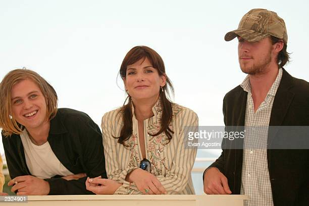 Actors Michael Pitt Sandra Bullock and Ryan Gosling at the 'Murder By Numbers' Photo Call during the 55th Cannes Film Festival in Cannes France May...