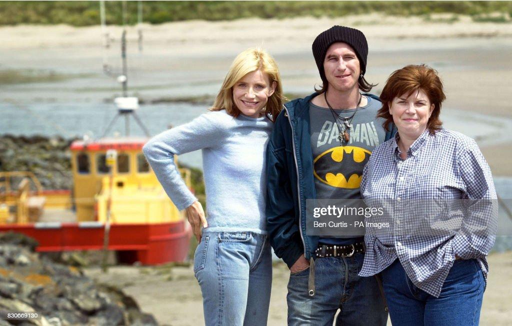 BBC Scotland Sky cast filming : News Photo