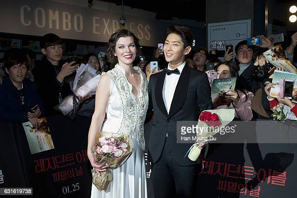 Actors Milla Jovovich and Lee JunKi attend the Seoul premiere for 'Resident Evil The Final Chapter' on January 13 2017 in Seoul South Korea The film...