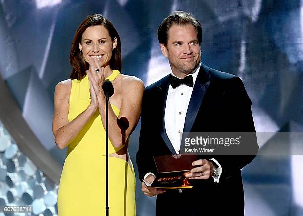 Actors Minnie Driver and Michael Weatherly speak onstage during the 68th Annual Primetime Emmy Awards at Microsoft Theater on September 18 2016 in...