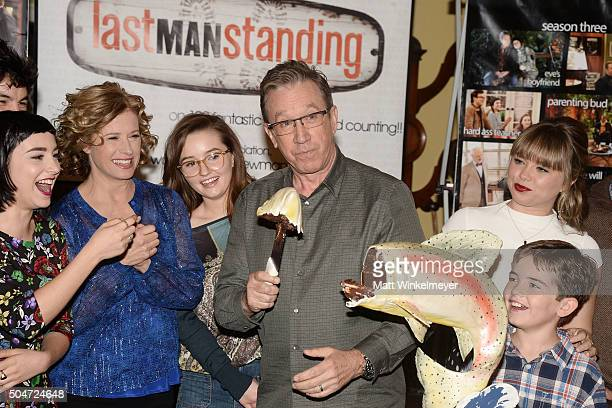 Actors Molly Ephraim Nancy Travis Kaitlyn Dever Tim Allen Amanda Fuller and Flynn Morrison attend the 100th episode celebration of ABC's Last Man...