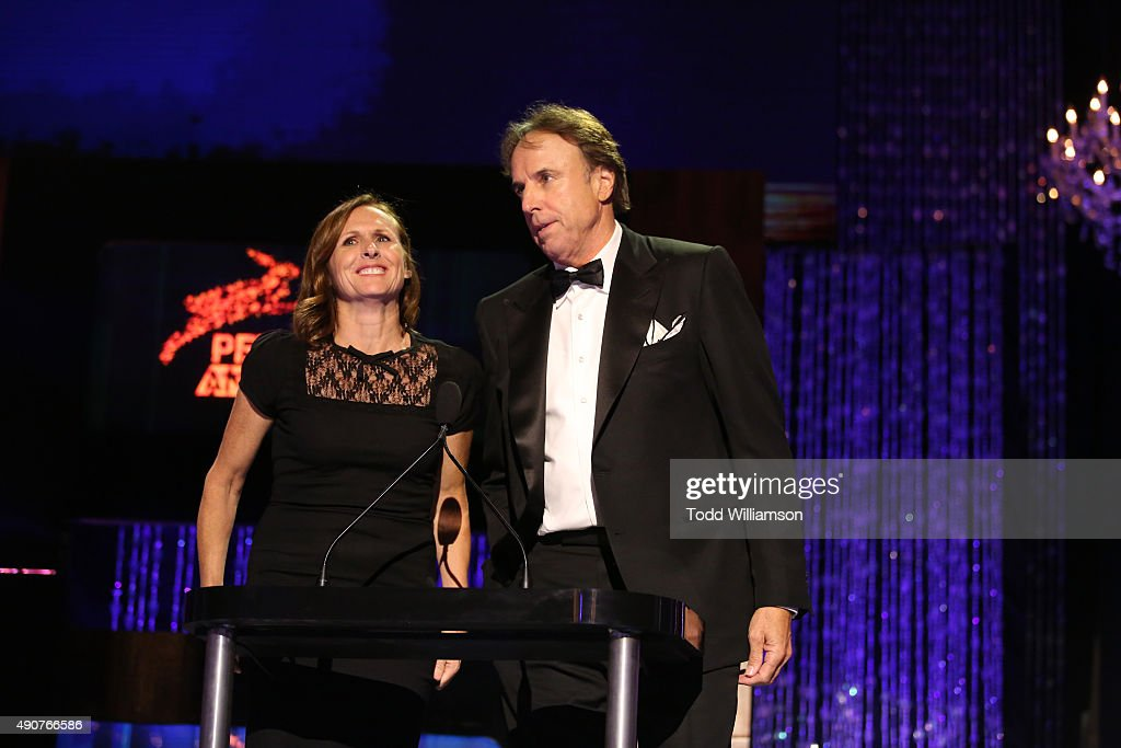 Actors Molly Shannon (L) and Kevin Nealon speak onstage at PETA's 35th Anniversary Party at Hollywood Palladium on September 30, 2015 in Los Angeles, California.
